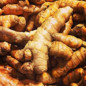 Yellow-Bellied: How to Eat More Turmeric