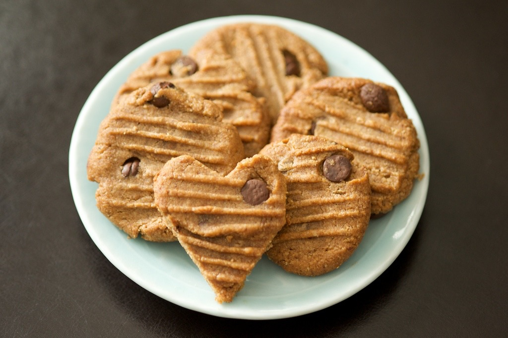 Festive Grain-Free Almond Ginger Cookies